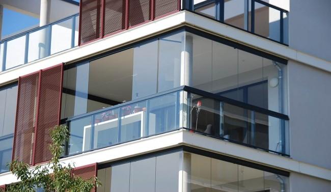 Картинки по запросу Особенности замера остекления балкона